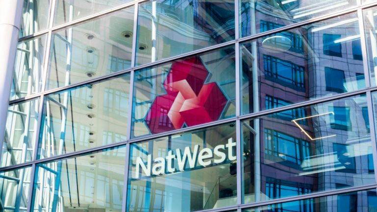 After Barclays and Santander, UK Bank Natwest Blocks Payments to Binance
